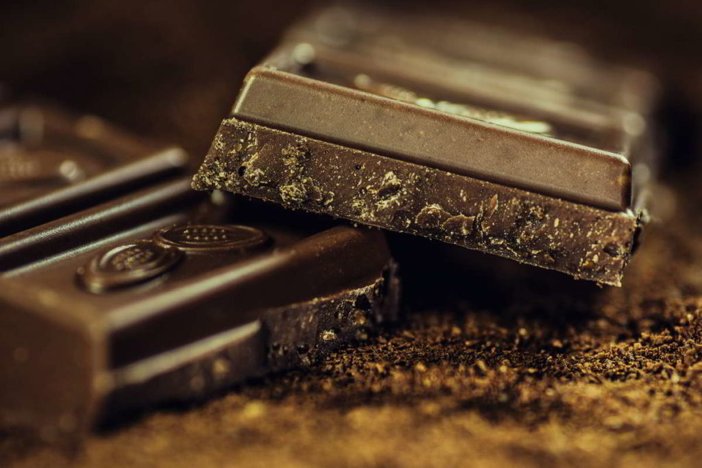 dark chocolate bars and pieces