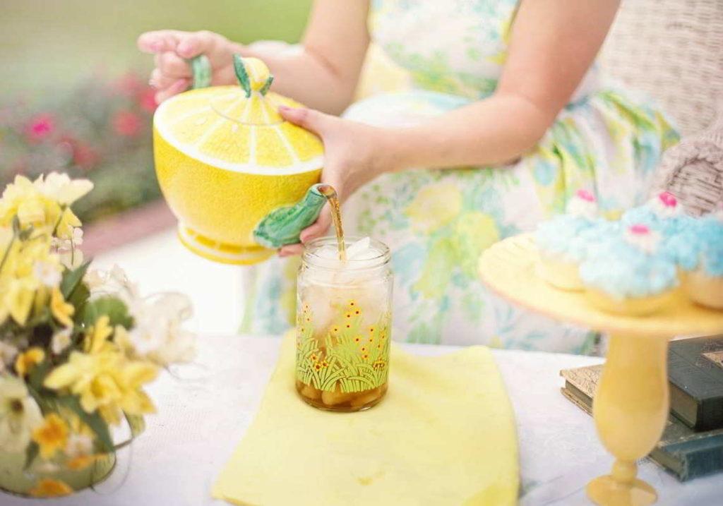 tea serving